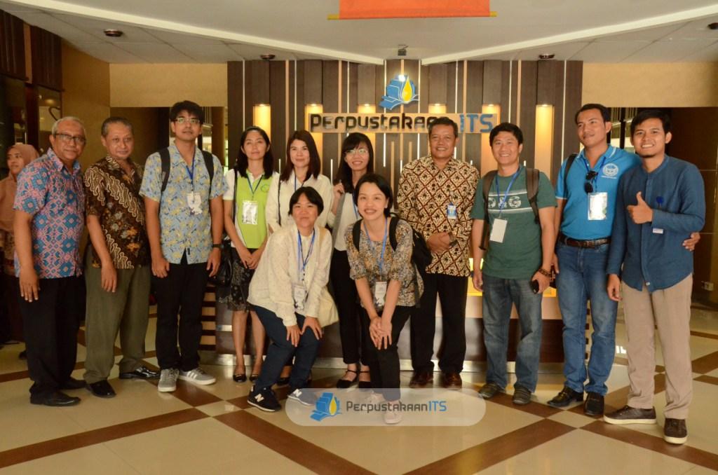 Peserta Inbound Staff Mobility 2017 dari Thailand dan Vietnam, pelajari manajemen Pengelolaan Perpus