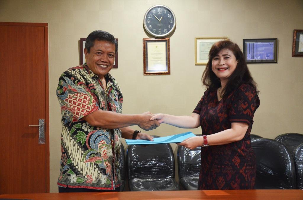 Perkaya Informasi dan koleksi, Perpustakaan ITS  bersinergi dengan Perpustakaan Udayana – Bali